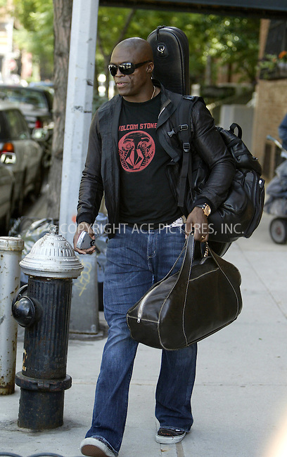WWW.ACEPIXS.COM . . . . .  ....NEW YORK, JUNE 20, 2005....Seal comes out of his downtown home with a guitar strapped firmly on his back. Could he be going into the studio to record a new album.....Please byline: IAN WINGFIELD - ACE PICTURES..... *** ***..Ace Pictures, Inc:  ..Craig Ashby (212) 243-8787..e-mail: picturedesk@acepixs.com..web: http://www.acepixs.com