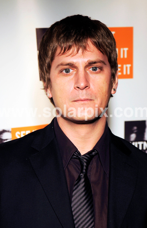 "**ALL ROUND PICTURES FROM SOLARPIX.COM**.**SYNDICATION RIGHTS FOR UK, SPAIN, PORTUGAL, AUSTRALIA, S.AFRICA & DUBAI (U.A.E) ONLY**.The musician Peter Gabriel Hosts Fourth Annual ""Focus for Change Witness"" Benefit at the Roseland Ballroom in New York City in the USA. .This pic:Rob Thomas..JOB REF:7975-PHZ/Mark Dye   DATE:20-11- 08.**MUST CREDIT SOLARPIX.COM OR DOUBLE FEE WILL BE CHARGED* *UNDER NO CIRCUMSTANCES IS THIS IMAGE TO BE REPRODUCED FOR ANY ONLINE EDITION WITHOUT PRIOR PERMISSION*"