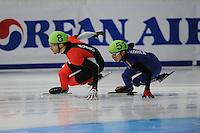 SCHAATSEN: DORDRECHT: Sportboulevard, Korean Air ISU World Cup Finale, 11-02-2012, Olivier Jean CAN (8), Yoon-Gy Kwak KOR (51), ©foto: Martin de Jong