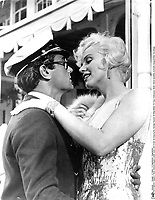 Some Like It Hot (1959)<br /> Marilyn Monroe &amp; Tony Curtis<br /> *Filmstill - Editorial Use Only*<br /> CAP/KFS<br /> Image supplied by Capital Pictures