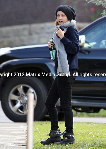 14 May 2012 Sydney, Australia..***EXCLUSIVE***..Nicole Richie picks up her kids from an exclusive day care centre.