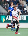 AMSTELVEEN - Tijn Lissone (A'dam)  tijdens  de  eerste finalewedstrijd van de play-offs om de landtitel in het Wagener Stadion, tussen Amsterdam en Kampong (1-1). Kampong wint de shoot outs.  . COPYRIGHT KOEN SUYK