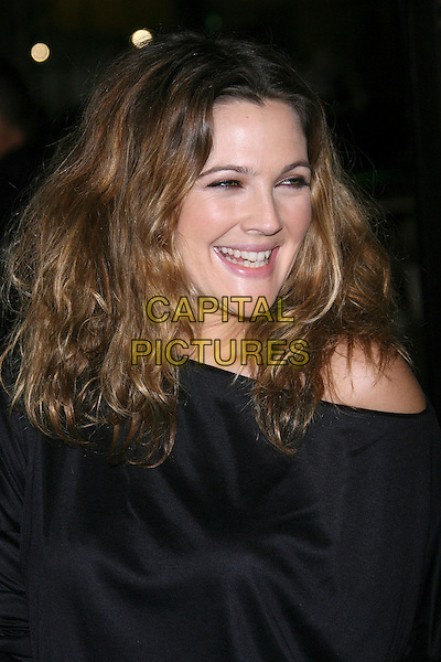 "DREW BARRYMORE.""We Are Marshall"" Los Angeles Premiere - Arrivals presented by Warner Brothers held at the Grauman's Chinese Theater, Hollywood, California, USA..December 14th, 2006.headshot portrait.CAP/ADM/ZL.©Zach Lipp/AdMedia/Capital Pictures"