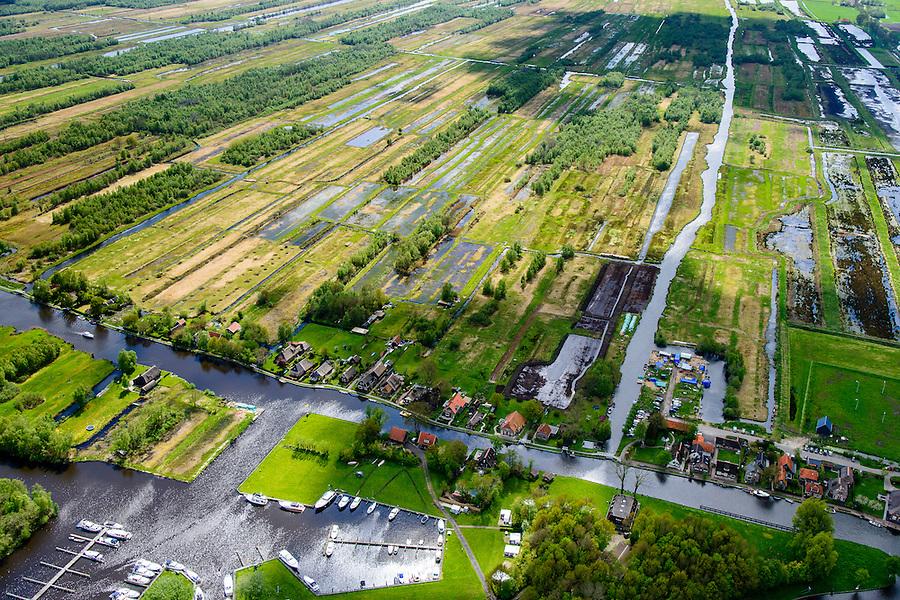 Nederland, Overijssel, Gemeente Steenwijkerland, 07-05-2015; Ossenzijl, gelegen aan de Kalenbergergracht in het natuurgebied de Weerribben.<br /> Nature reserve &quot;Weerribben', the largest <br /> serried fenland of Europe.<br /> luchtfoto (toeslag op standard tarieven);<br /> aerial photo (additional fee required);<br /> copyright foto/photo Siebe Swart