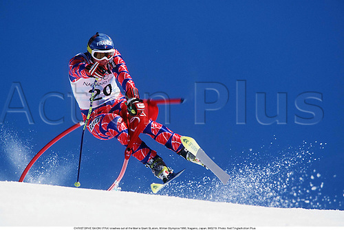 CHRISTOPHE SAIONI (FRA) crashes out of the Men's Giant SLalom, Winter Olympics 1998, Nagano, Japan. 980219. Photo: Neil Tingle/Action Plus...1998.olympic games.skiing.winter sport.winter sports.wintersport.wintersports.alpine.ski.skier.man