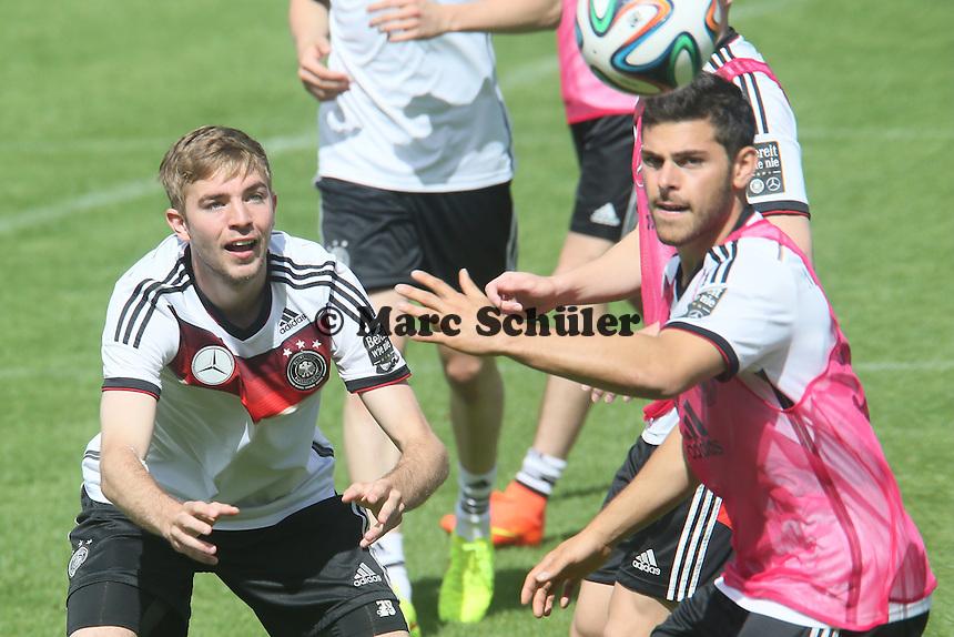Christoph Kramer gegen Kevin Volland - Training der Deutschen Nationalmannschaft  zur WM-Vorbereitung in St. Martin