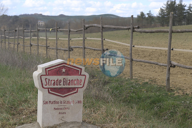 The 2019 Strade Bianche running 184km from Siena to Siena, held over the white gravel roads of Tuscany, Italy. 8th March 2019.<br /> Picture: Eoin Clarke | Cyclefile<br /> <br /> <br /> All photos usage must carry mandatory copyright credit (© Cyclefile | Eoin Clarke)