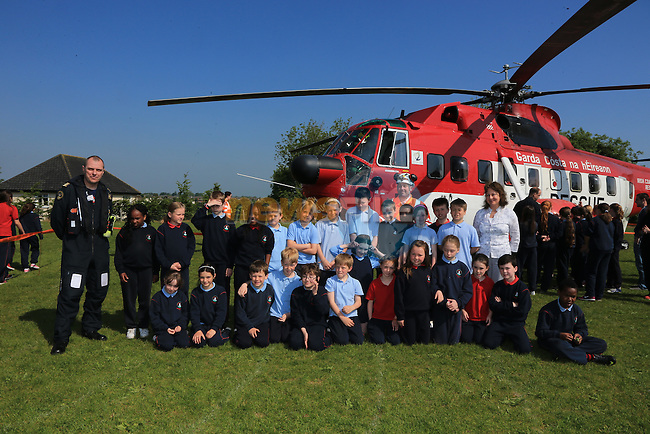 Pictured during the visit of the Irish Coast Guard Helicopter from Dublin Airport with members of the Irish Coast Guard Drogheda at Whitecross national school in Julianstown Co Meath.<br /> Picture:  Fran Caffrey / www.newsfile.ie
