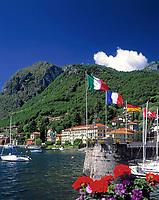 ITA, Italien, Lombardei, Comer See, Menaggio: Yachthafen und das Grand Hotel | ITA, Italy, Lombardia, Lake Como, Menaggio: Yacht harbour and Grand Hotel