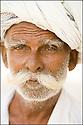 2006- Inde- désert du Rajasthan, vieil homme.