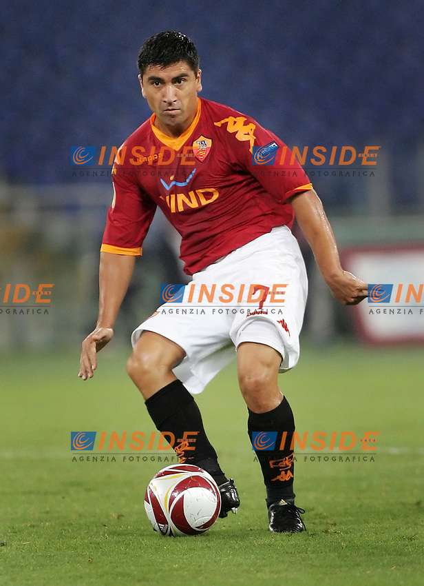 David Pizarro (Roma)<br /> Roma vs CSKA Sofia 2-0<br /> Europa League<br /> Stadio Olimpico, Roma, 01/10/2009<br /> Photo Antonietta Baldassarre Insidefoto