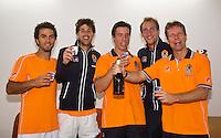 06-04-13, Tennis, Rumania, Brasov, Daviscup, Rumania-Netherlands,Champgne  for the Dutch team, they defeated  Rumania, l.t.r.: Jean-Julien Rojer, Robin Haase, Igor Sijsling, Thiemo de Bakker and captain Jan Siemerink