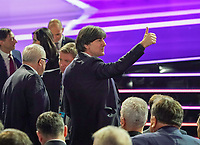 DFB-Präsident Fritz Keller mit Bundestrainer Joachim Loew (Deutschland Germany), der Thumbs up signalisiert - 30.11.2019: UEFA EURO2020 Auslosung, Romexpo Bukarest, DISCLAIMER: UEFA regulations prohibit any use of photographs as image sequences and/or quasi-video.