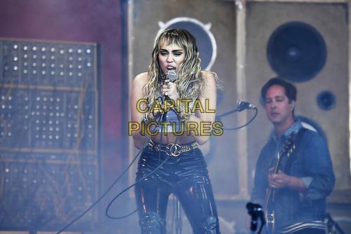 SHEPTON MALLET, ENGLAND - JUNE 30: Miley Cyrus performing at Glastonbury Festival, Worthy Farm, Pilton, on June 30, 2019 in Shepton Mallet, England.<br /> CAP/MAR<br /> ©MAR/Capital Pictures