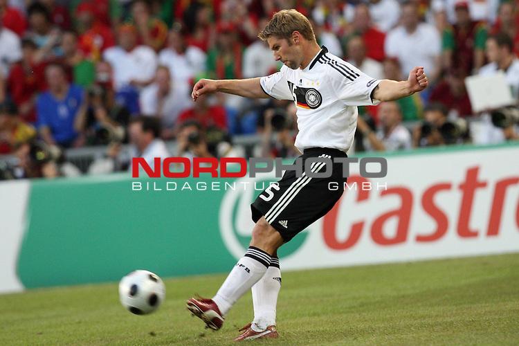 UEFA Euro 2008 Quarter-Finals Match 25 Basel - St. Jakob-Park. Portugal ( POR ) - Deutschland ( GER ) 2:3 (1:2). <br /> Thomas Hitzlsperger ( Germany / Mittelfeldspieler / Midfielder / VfB Stuttgart #15 ) am Ball.<br /> Foto &copy; nph (  nordphoto  )