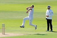 Jamie Porter in bowling action for Essex during Essex CCC vs Yorkshire CCC, Specsavers County Championship Division 1 Cricket at The Cloudfm County Ground on 4th May 2018
