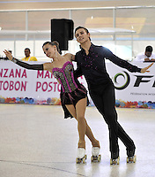 CALI – COLOMBIA – 19 – 09 – 2015: Davide Rangone y Camila Barguino, deportistas de Italia, durante la prueba de Pareja Danzas Obligatorias Juvenil en el LX Campeonato Mundial de Patinaje Artistico, en el Velodromo Alcides Nieto Patiño de la ciudad de Cali. / Davide Rangone and Camila Barguino participants from Italy, during the Compulsory Couples Dance Junior test, in the LX World Championships  Figure Skating, at the Alcides Nieto Patiño Velodrome in Cali City. Photo: VizzorImage / Luis Ramirez / Staff.