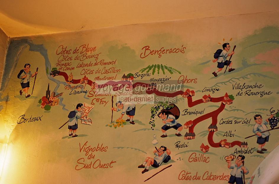 """Europe/France/Aquitaine/33/Gironde/Bordeaux: Le """"Bar Cave"""" de JP Xiradakis rue porte de la Monnaie - Détail d'un mur peint le représentan en randonnée  dans le vignoble  du  Bordelais et du Grand Sud-Ouest [Non destiné à un usage publicitaire - Not intended for an advertising use]en randonnée"""