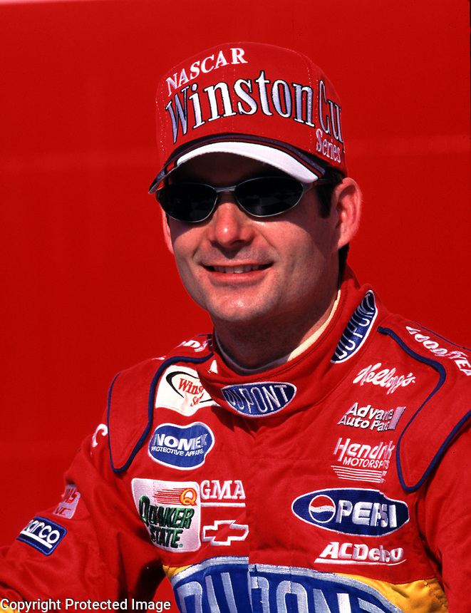 Jeff Gordon smiles after winning the Diehard 500 at Talladega, AL in April 2000. (Photo by Brian Cleary)
