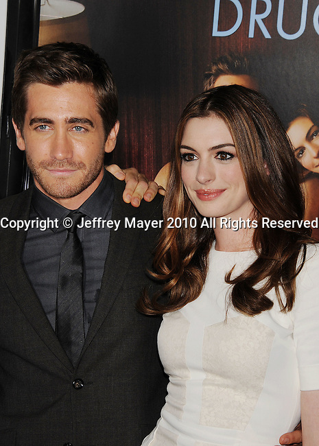 """HOLLYWOOD, Caiifornia - November 04: Jake Gyllenhaal and Anne Hathaway arrive at the AFI Fest 2010 Opening Night Gala screening of """"Love And Other Drugs"""" at Grauman's Chinese Theatre on November 4, 2010 in Hollywood, California."""