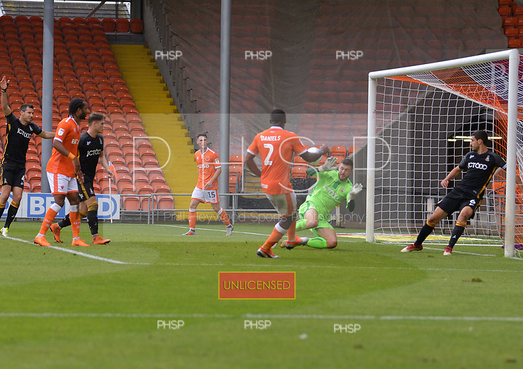 08/09/2018 Sky Bet League 1 Blackpool v Bradford City<br /> <br /> Donervon Daniels shot saved by Richard O'Donnell