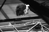 Warszawa 23 september - 24 october 2005 Poland<br /> The Fryderyk Chopin International Contest taking place every five years in Warsaw is the most prestigious musical event in the world. This year a record high number of contestants has applied - 257 musicians from 35 countries. <br /> ( &copy; Filip Cwik / Napo Images for Newsweek Polska )<br /> <br /> Warszawa 23 wrzesien - 24 pazdziernik 2005 Polska<br /> 15 Miedzynarodowy Konkurs Pianistyczny im. Fryderyka Chopina. Konkurs odbywa sie co piec lat i jest to najbardziej prestizowa impreza pianistyczna na swiecie. Nalezy do swiatowej elity wydarzen muzycznych. W tym roku na Konkurs zglosila sie rekordowa liczba uczestnikow - 257 muzykow z 35 krajow. <br /> nz Lim Dong Hyek (Korea Poludniowa). Eliminacje <br /> ( &copy; Filip Cwik / Napo Images dla Newsweek Polska )