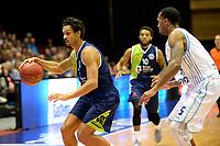 GRONINGEN - Basketbal, Donar - ZZ Leiden, Supersup, seizoen 2018-2019, 06-10-2018,  Leiden speler Worthy de Jong met Donar speler Teddy Gipson