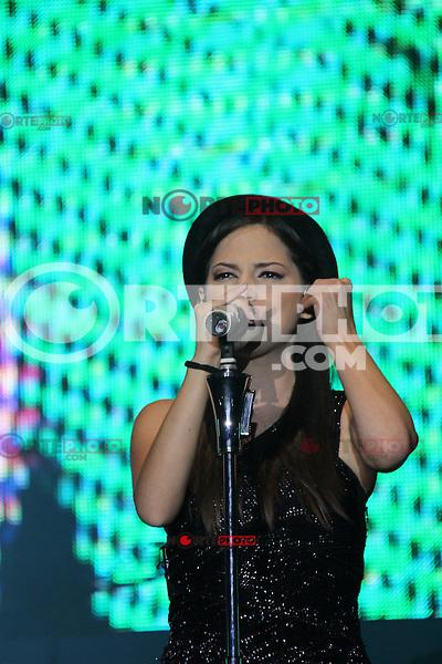 Paty Cantu durante su concierto en  Valeria de la Feria Internacional de Durango 2012..Durando.4/jul/2012.<br /> *Photo&copy;:*C.Marquez/NortePhoto.com*. **CREDITO*OBLIGATORIO** *No*Venta*A*Terceros*.*No*Sale*So*third* ***No*Se*Permite*Hacer Archivo***No*Sale*So*third*&copy;Imagenes*