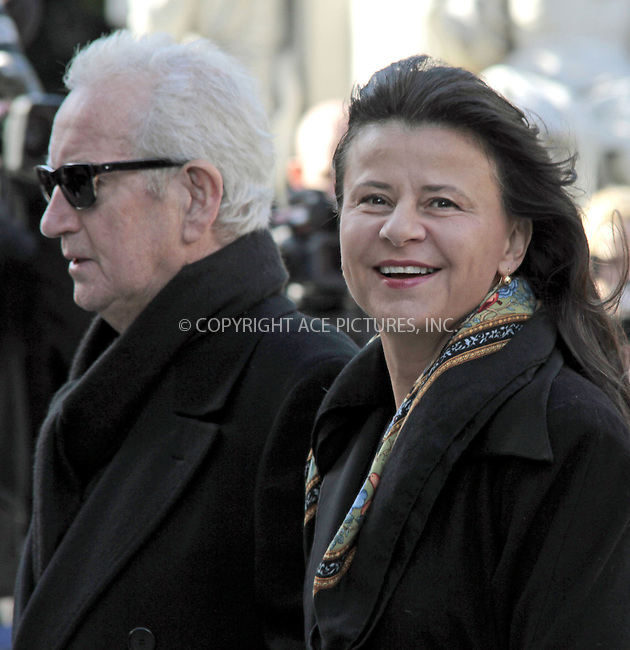 WWW.ACEPIXS.COM....US Sales Only....Tracy Ulman at the memorial service for Vidal Sassoon at St Pauls Cathedral on October 12 2012  in London ....By Line: Famous/ACE Pictures......ACE Pictures, Inc...tel: 646 769 0430..Email: info@acepixs.com..www.acepixs.com