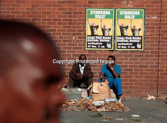 poelec9950055 Politics. Election posters announcing an ANC rally with President Nelson Mandela and Deputy President Thabo Mbeki in a poor and violence stricken area in Durban, South Africa..Photo: Per-Anders Pettersson /iAfrika Photos