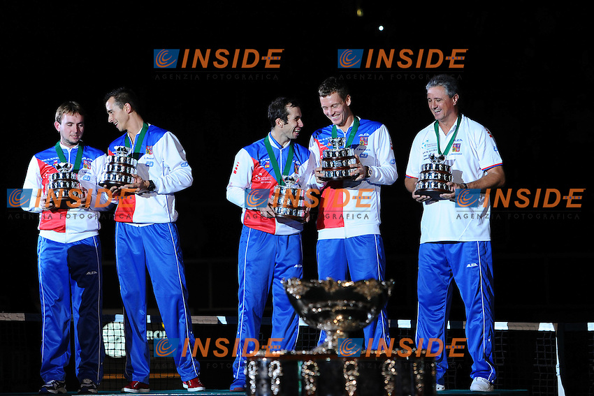 Davis cup trophy  with czech team La Repubblica Ceca vince la coppa Davis 2012 di Tennis .Praga 16-18/11/2012.Finale Coppa Davis.Repubblica Ceca Vs Spagna.Foto Couvercelle / Tennismag / Panoramic / Insidefoto