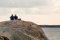 20140805 Vilda-l&auml;ger p&aring; Kragen&auml;s. Foto f&ouml;r Scoutshop.se<br /> scout, scouter, tv&aring;, klippa, vatten, &ouml;, kv&auml;ll, moln