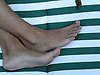 male feet<br /> <br /> pies masculinos<br /> <br /> Männerfüße<br /> <br /> 1600 x 1200 px