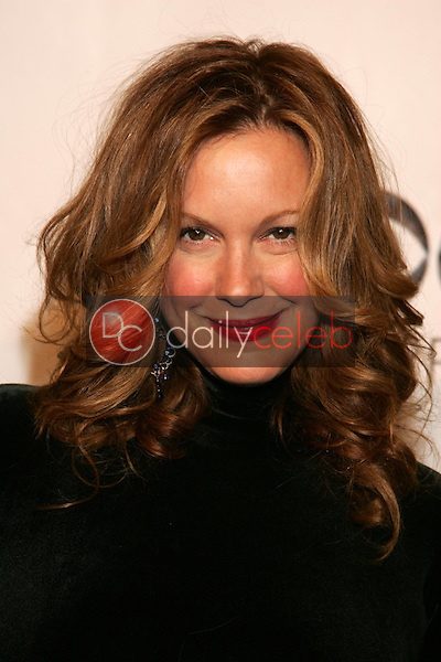 Elizabeth Perkins<br />