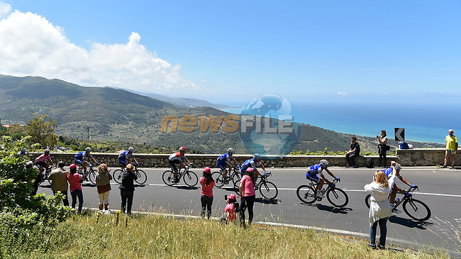 The peloton with Quick-Step Floors on the fornt during Stage 4 of the 100th edition of the Giro d'Italia 2017, running 181km from Cefalu to Mount Etna, Sicily, Italy. 9th May 2017.<br /> Picture: LaPresse/Fabio Ferrari | Cyclefile<br /> <br /> <br /> All photos usage must carry mandatory copyright credit (&copy; Cyclefile | LaPresse/Fabio Ferrari)