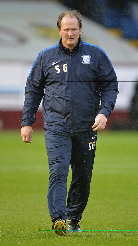 Preston North End's Manager Simon Grayson<br /> <br /> Photographer Dave Howarth/CameraSport<br /> <br /> Football - The Football League Sky Bet Championship - Burnley v Preston North End - Saturday 5th December 2015 - Turf Moor - Burnley<br /> <br /> &copy; CameraSport - 43 Linden Ave. Countesthorpe. Leicester. England. LE8 5PG - Tel: +44 (0) 116 277 4147 - admin@camerasport.com - www.camerasport.com