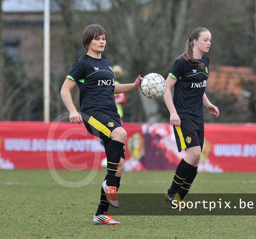Denmark U17 - Belgium U17 : Lotte Aertsen.foto DAVID CATRY / Vrouwenteam.be