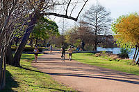 This Beautiful gravel pathway with the Stevie Ray Vaughan Statue circles Town Lake and is very popular for off-road bicycling, outdoor running, and strolling through Lake Austin by foot.