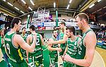 S&ouml;dert&auml;lje 2015-04-10 Basket SM-Semifinal 5 S&ouml;dert&auml;lje Kings - Sundsvall Dragons :  <br /> S&ouml;dert&auml;lje Kings Toni Bizaca , Mike Joseph , Filip Kovacek och Aaron Andersson jublar efter matchen mellan S&ouml;dert&auml;lje Kings och Sundsvall Dragons <br /> (Foto: Kenta J&ouml;nsson) Nyckelord:  S&ouml;dert&auml;lje Kings SBBK T&auml;ljehallen Sundsvall Dragons jubel gl&auml;dje lycka glad happy