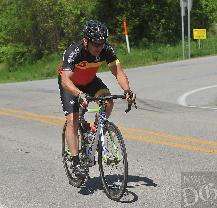 NWA Democrat-Gazette/MICHAEL WOODS &bull; @NWAMICHAELW<br /> Cyclists compete Saturday, April 23, 2016 during the Joe Martin Stage Race.