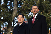 United States President Barack Obama and President Hu Jintao of China watch the United States Army Old Guard Fife and Drum Corps pass on the South Lawn of the White House, Wednesday, January 19, 2011. .Mandatory Credit: Pete Souza - White House via CNP