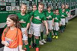 15.04.2018, Weser Stadion, Bremen, GER, 1.FBL, Werder Bremen vs RB Leibzig, im Bild<br /> <br /> Einlaufkids vor dem Spiel / Feature / Impression / Kinder<br /> <br /> Foto &copy; nordphoto / Kokenge