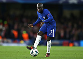 5th December 2017, Stamford Bridge, London, England; UEFA Champions League football, Chelsea versus Atletico Madrid; Ngolo Kante of Chelsea in passing action