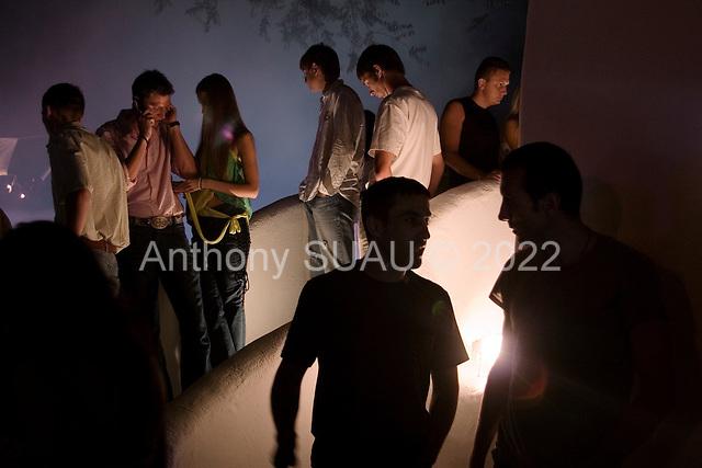 """Odessa, Ukraine.August 27, 2005 ..Odessa's highly fashionable """"Ibiza"""" nightclub on the """"Arkadia"""" beach.."""