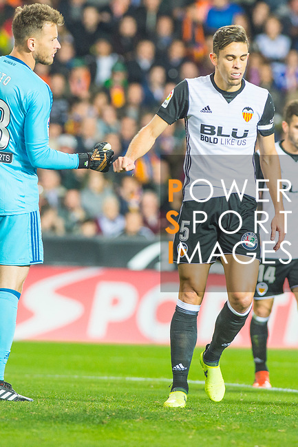 Gabriel Armando De Abreu of Valencia CF is seen during the La Liga 2017-18 match between Valencia CF and FC Barcelona at Estadio de Mestalla on November 26 2017 in Valencia, Spain. Photo by Maria Jose Segovia Carmona / Power Sport Images