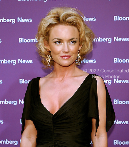 "Kelly Carlson star of the TV show ""Nip Tuck"" arrives at the Embassy of the Republic of Macedonia in Washington, D.C. for the Bloomberg News party following the annual White House Correspondents Association (WHCA) dinner on April 29, 2006..Credit: Ron Sachs / CNP"