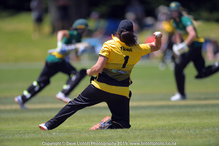 Allex Evans fields during the women's Hallyburton Johnstone Shield cricket match between the Wellington Blaze and Central Hinds at Karori Park in Wellington, New Zealand on Saturday, 30 November 2019. Photo: Dave Lintott / lintottphoto.co.nz