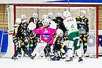V&auml;ster&aring;s 2015-01-11 Bandy Elitserien V&auml;ster&aring;s SK  - Broberg S&ouml;derhamn :  <br /> V&auml;ster&aring;s Anders Bruun skjuter en h&ouml;rna i ribban under matchen mellan V&auml;ster&aring;s SK  och Broberg S&ouml;derhamn <br /> (Foto: Kenta J&ouml;nsson) Nyckelord:  Bandy Elitserien ABB Arena Syd V&auml;ster&aring;s SK VSK Broberg S&ouml;derhamn