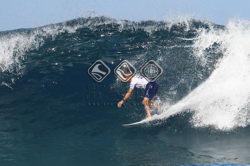 USA's Kelly Slater.<br /> 2017 Billabong Pipe Masters, Oahu, Hawaii, USA. World Surf League (WSL). Monday 18 December 2017. &copy; Copyright photo: Andrew Cornaga / www.photosport.nz
