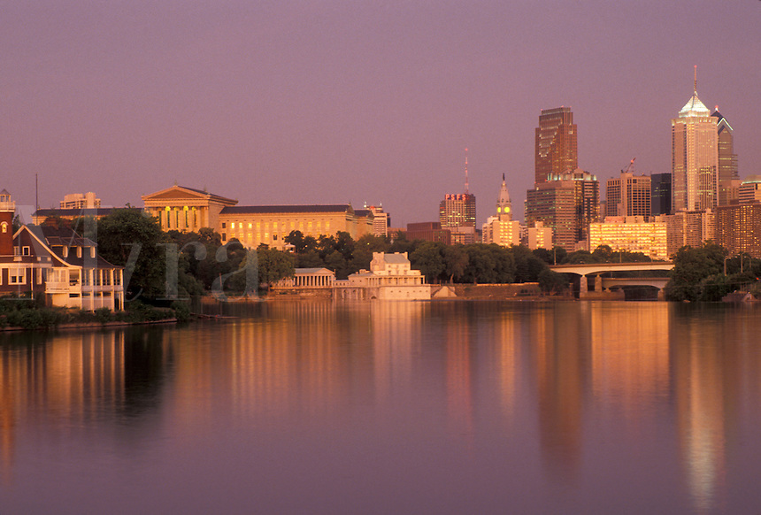 AJ4294, Philadelphia, downtown, skyline, sunset, Pennsylvania, Reflection of the downtown skyline and Philadelphia Museum of Art of Philadelphia along the Schuylkill River at sunset in the state of Pennsylvania.